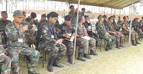 Đại biểu AARM -24, tham quan trung tâm huấn luyện Quốc gia Miếu Môn ảnh 1