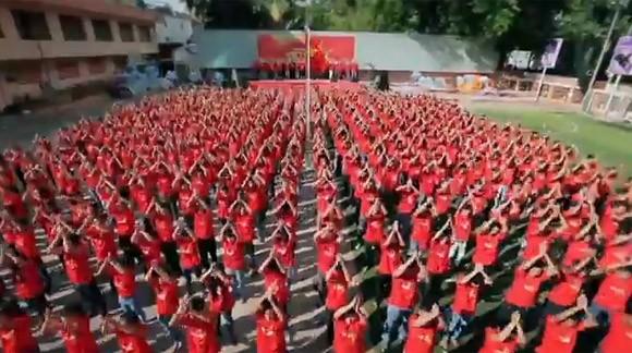 """Xúc động và tự hào """"Những trái tim Việt Nam"""" ảnh 3"""