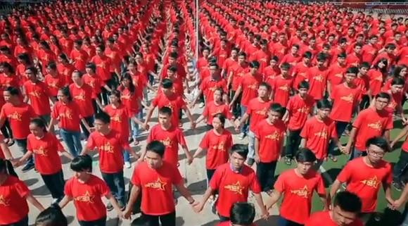 """Xúc động và tự hào """"Những trái tim Việt Nam"""" ảnh 7"""