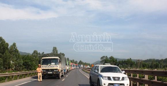 Danh tính 20 người Hà Nội bị thương trong vụ xe khách đâm xe tải ở Nghệ An ảnh 4