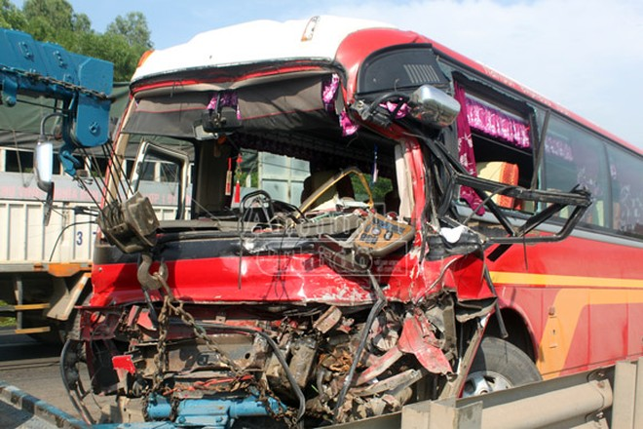 Danh tính 20 người Hà Nội bị thương trong vụ xe khách đâm xe tải ở Nghệ An ảnh 3