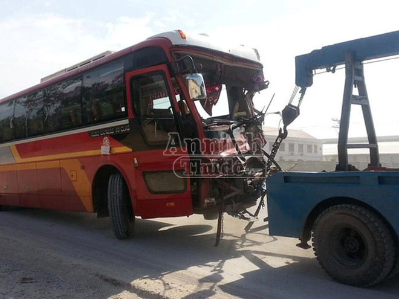 Danh tính 20 người Hà Nội bị thương trong vụ xe khách đâm xe tải ở Nghệ An ảnh 2