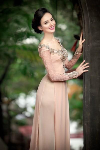 Ngắm vẻ đẹp ngọt ngào của Hoa hậu Ngọc Diễm ảnh 5