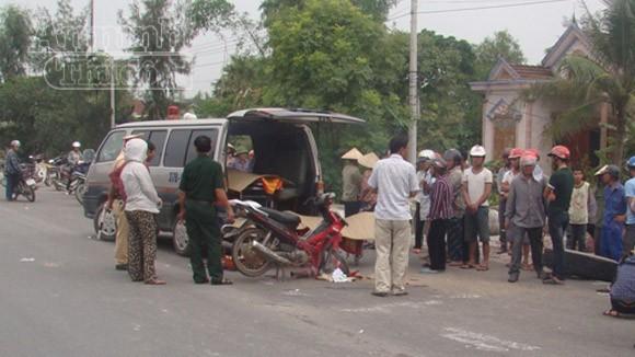 Đang chạy, xe container bất ngờ bị văng bánh khiến hai mẹ con chết thảm ảnh 1