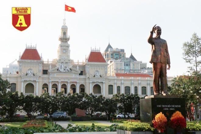 [ẢNH] TP.HCM rực rỡ cờ hoa trong ngày Quốc khánh 2-9 ảnh 4