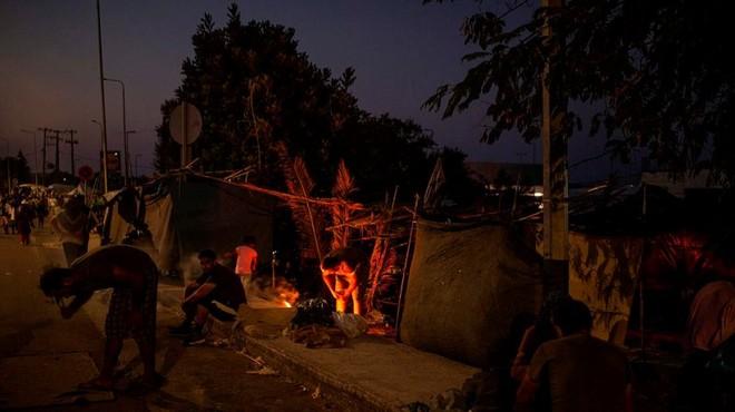 Cháy trại tị nạn ở Hy Lạp: Nỗi lo bùng phát đại dịch Covid 19 trong 13.000 người ảnh 8
