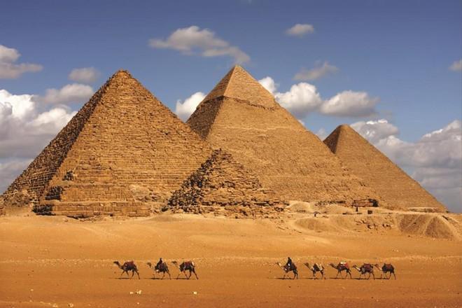 Khám phá vẻ đẹp huy hoàng của các kỳ quan Ai Cập cổ đại ảnh 1