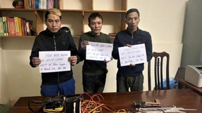 [Tin nhanh sáng 21-12-2020] Ba người đàn ông trộm 130 kg chó ảnh 1