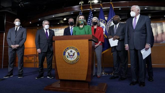 Hạ viện Mỹ phê duyệt gói cứu trợ Covid-19 trị giá 1.900 tỷ USD của ông Biden ảnh 2