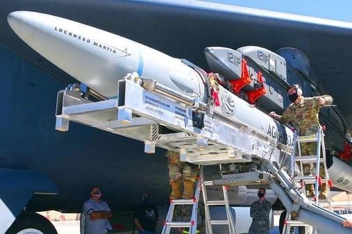Mỹ phóng thử nghiệm tên lửa siêu thanh trong 30 ngày tới ảnh 1