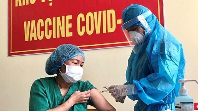 [Tin nhanh sáng 22-3-2021] Hơn 32.000 người đã được tiêm vaccine Covid-19 ảnh 1