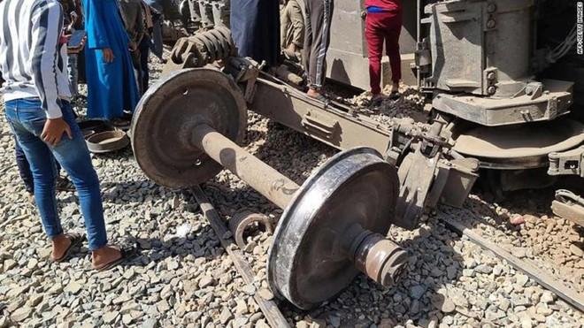 Hơn 30 người thiệt mạng trong tai nạn tàu hỏa kinh hoàng ở Ai Cập ảnh 2