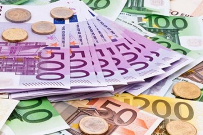 """[ẢNH] Nhà kinh tế học Robert Mundel, """"cha đẻ của đồng Euro"""" qua đời ở tuổi 88 ảnh 3"""