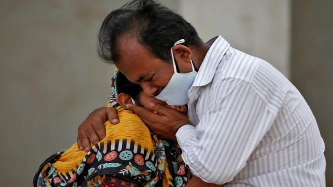 Người dân tích trữ oxy khiến khủng hoảng Covid-19 ở Ấn Độ thêm trầm trọng ảnh 2