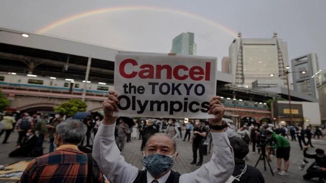 6.000 bác sĩ Nhật Bản khẩn thiết kêu gọi hủy bỏ Thế vận hội vì Covid-19 ảnh 2