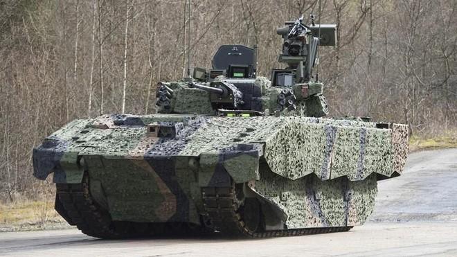 """Anh đầu tư 4,5 tỷ USD để nhận lại những chiếc xe tăng """"tịt nòng"""" khi di chuyển ảnh 1"""