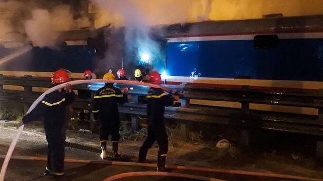 [Tin nhanh tối 4-6-2021]: Toa tàu bốc cháy khiến đường sắt Bắc Nam tắc nghẽn ảnh 2