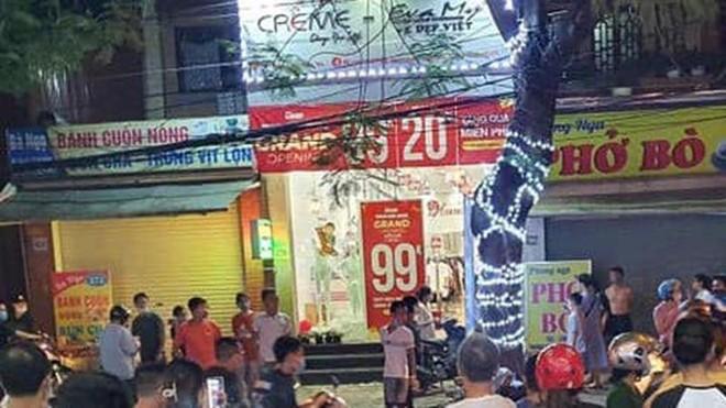 [Tin nhanh tối 19-7-2021] Một phụ nữ bị sát hại ở cửa hàng thời trang ảnh 1