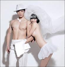 Những cô dâu muốn... là cái rốn của vũ trụ ảnh 10