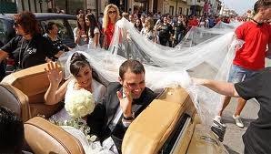Những cô dâu muốn... là cái rốn của vũ trụ ảnh 3