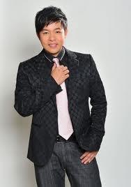Phi Nhung được tặng quà vài trăm triệu ở đám cưới siêu khủng