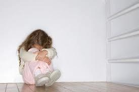 Một bà mẹ đơn thân nổi tiếng muốn bỏ rơi con mình ảnh 2