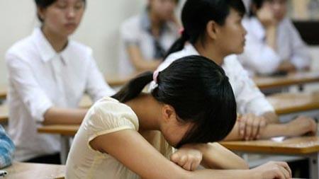 Phát bênh tâm thần vì... bố mẹ ép học quá căng thẳng ảnh 1