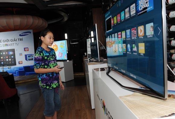 Samsung đầu tư rất mạnh cho tivi thông minh ảnh 1