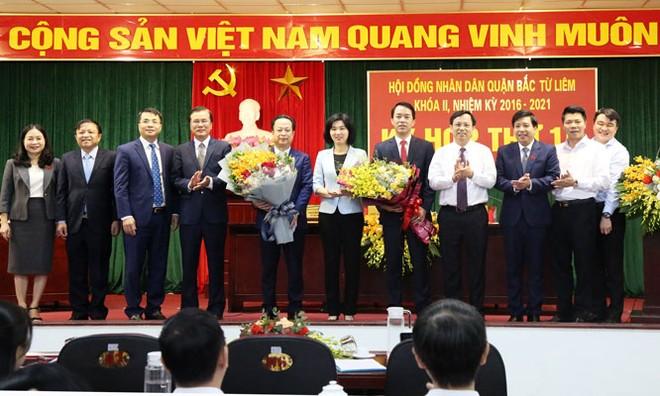 Hà Nội: Phê chuẩn kết quả bầu Chủ tịch UBND ba quận nội thành ảnh 3