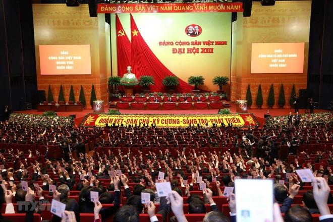 Đại hội XIII: Bầu Đoàn Chủ tịch, thông qua Quy chế làm việc của Đại hội ảnh 1