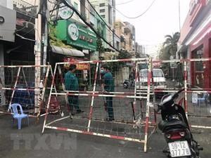 Hà Nội, TP.HCM có thể tự quyết theo thẩm quyền việc phong tỏa, giãn cách xã hội phòng Covid-19 ảnh 1