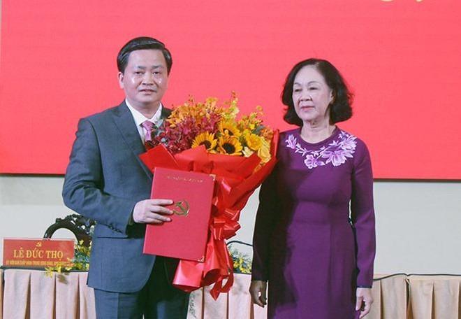 Chủ tịch VietinBank Lê Đức Thọ làm Bí thư Bến Tre, Báo Nhân Dân có Phó Tổng Biên tập mới ảnh 1
