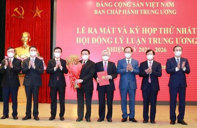 Đồng chí Nguyễn Xuân Thắng làm Chủ tịch Hội đồng Lý luận Trung ương ảnh 1