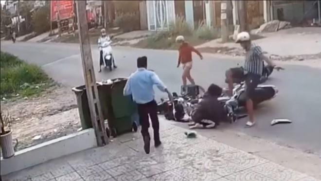 Đối tượng đánh nữ sinh ở Bình Dương sau va chạm giao thông sẽ bị xử lý ra sao? ảnh 1