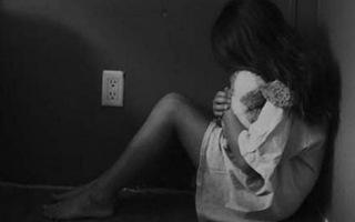 Từ nghi án nữ sinh 12 tuổi bị 2 thiếu niên hiếp dâm: Người dưới 16 tuổi phạm tội có bị phạt tù? ảnh 1