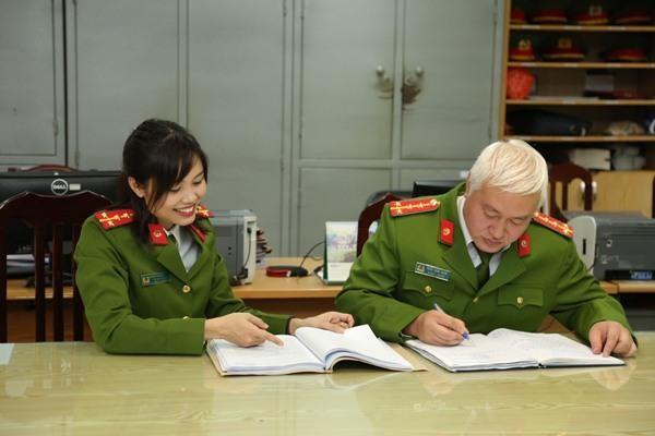 Đại úy công an Nguyễn Thị Ngọc Thương: 'Đứng sau chiến công của tôi là đồng đội' ảnh 1