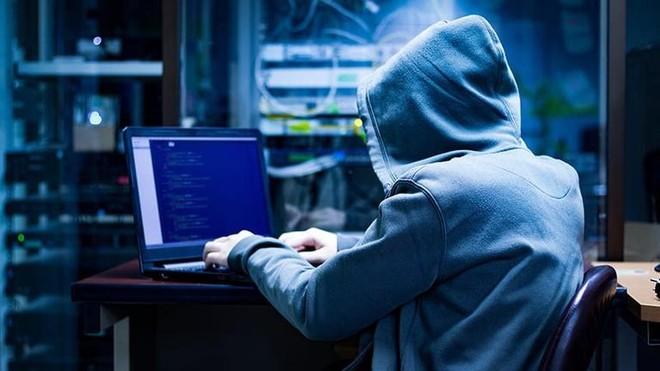 Hack Facebook của người khác có thể bị phạt tiền tới 50 triệu đồng, ngồi tù tới 3 năm ảnh 1