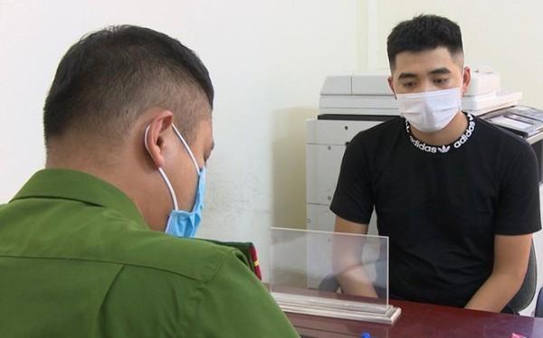 Từ giả làm bệnh nhân đến chui vào xe chở lợn để qua chốt kiểm dịch: Cần có biện pháp xử lý thích đáng! ảnh 1