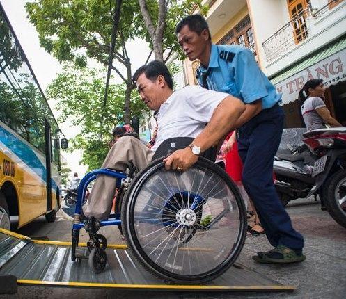 Từ ngày mai (1-7): Áp dụng chính sách mới nhất về mức trợ cấp với trẻ mồ côi, người khuyết tật ảnh 1