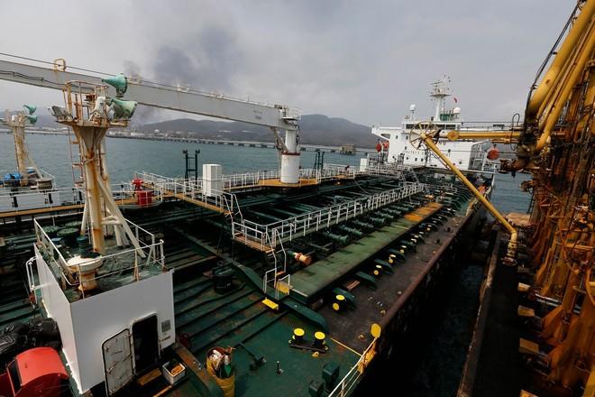 Mỹ bắt giữ 4 tàu chở dầu Iran, đưa về Texas ảnh 1