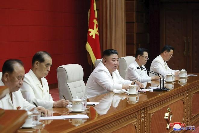 Triều Tiên thẳng thắn thừa nhận nguyên nhân tổn hại nền kinh tế ảnh 1