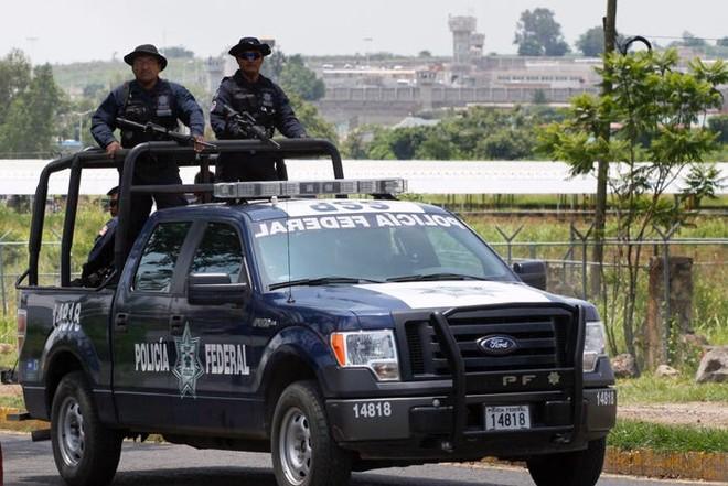 """Mexico bất ngờ đóng cửa trại giam mà """"trùm El Chapo"""" từng vượt ngục ảnh 1"""