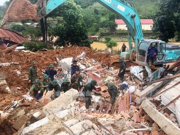 Vụ sạt lở tại Quảng Trị: 5 người được cứu sống, đã tìm thấy 14/22 thi thể bị vùi lấp ảnh 4