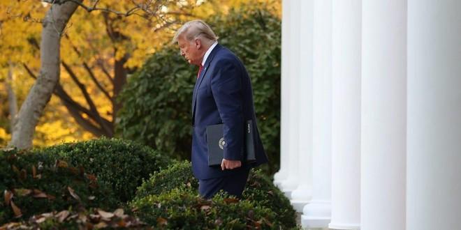 Ông Trump dọa không rời Nhà Trắng vào ngày ông Biden nhậm chức ảnh 1