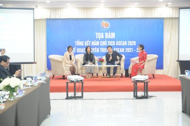 Việt Nam tích cực thúc đẩy sáng kiến hợp tác ASEAN trong ứng phó với đại dịch ảnh 1