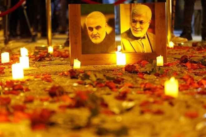 Hàng nghìn người tuần hành ở Baghdad tưởng niệm tướng Soleimani ảnh 1