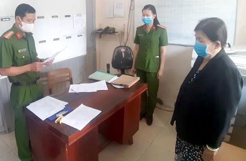 [Tin nhanh sáng 10-1-2021] Bắt tạm giam 3 bác sĩ và điều dưỡng tại bệnh viện Quảng Nam ảnh 3