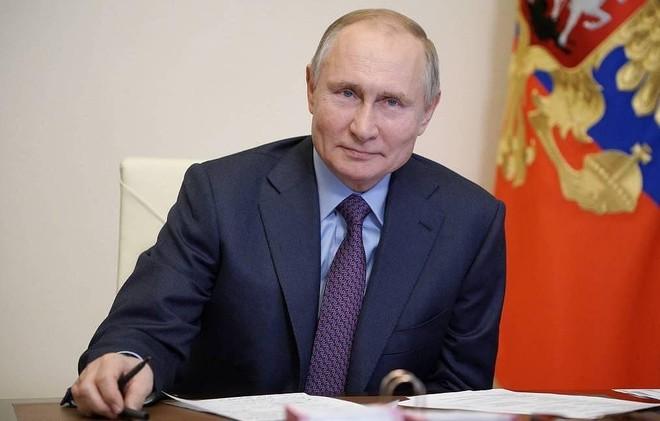 Tổng thống Nga Putin cảm thấy ổn sau khi tiêm vaccine Covid-19 ảnh 1