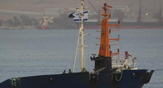 Israel né tàu sân bay Mỹ trước khi tấn công tàu Iran trên Biển Đỏ ảnh 1