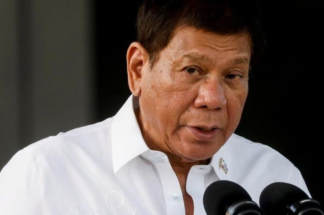 Tổng thống Philippines tái xuất, xóa tin đồn về sức khỏe ảnh 1